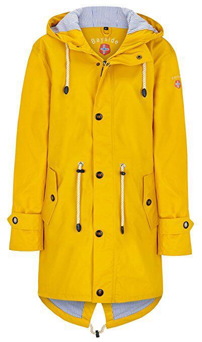 Eine sonnengelbe Jacke ist perfekt für den grauen Herbst.