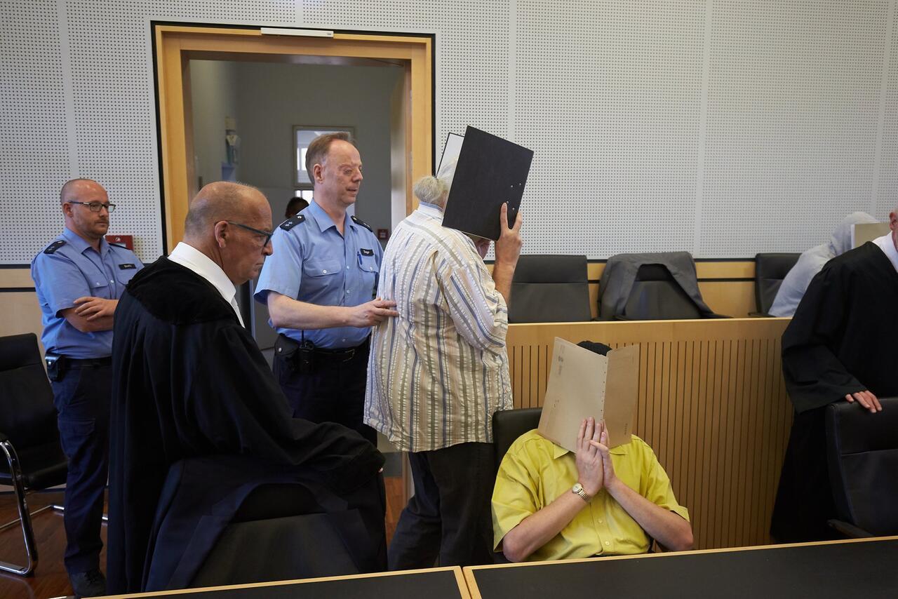 Bild zu Missbrauchsprozess in Limburg