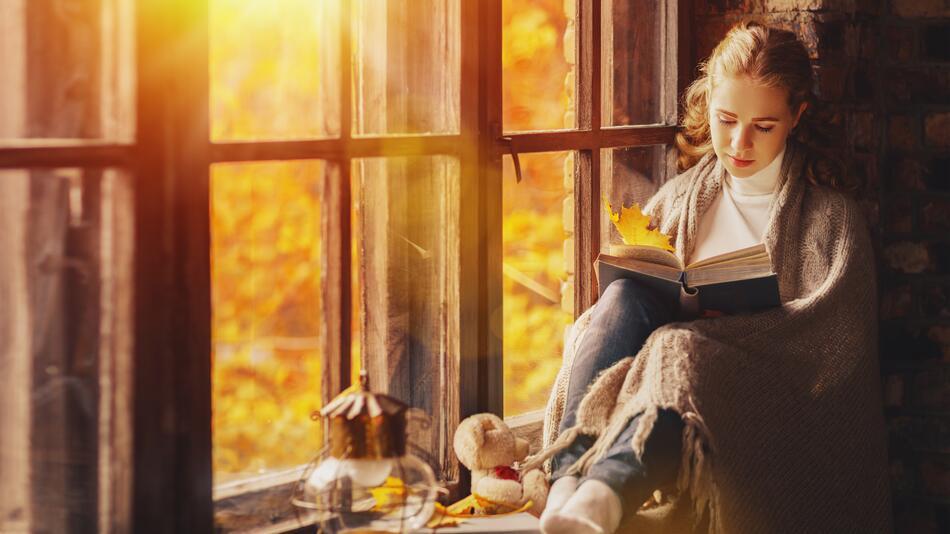 Herbst, Herbstabend, Buch, lesen, Buchmesse, Frankfurt, 2019, Literatur, Roman, Krimi