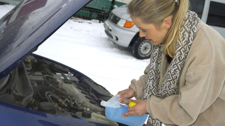 Fahrzeugpflege für den Winter: Optimal gerüstet in die kalte Jahreszeit