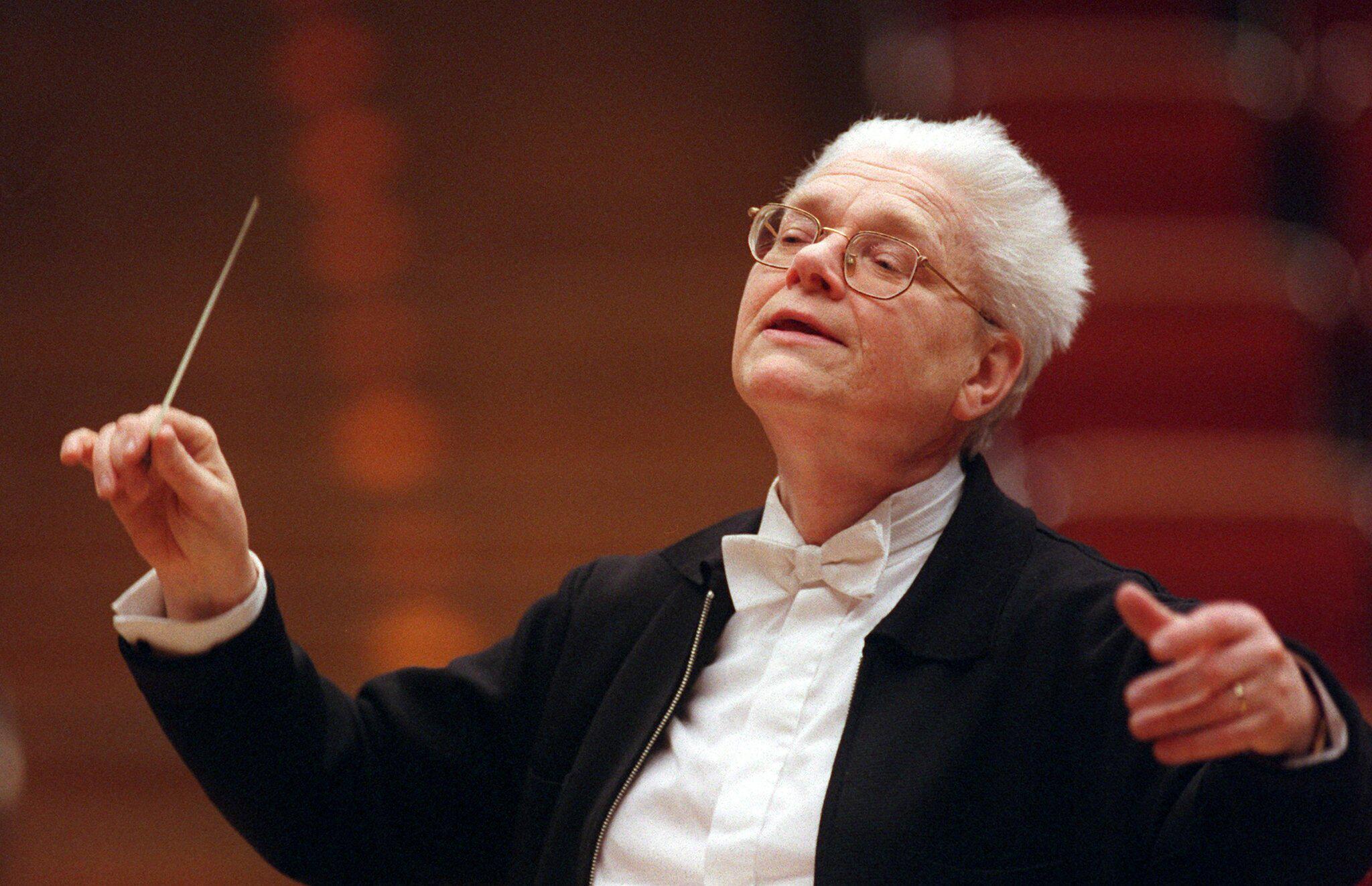 Bild zu Dirigent und Komponist Hans Zender gestorben