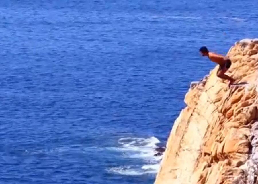 Bild zu Lebensgefährliche Mutprobe: Klippenspringer