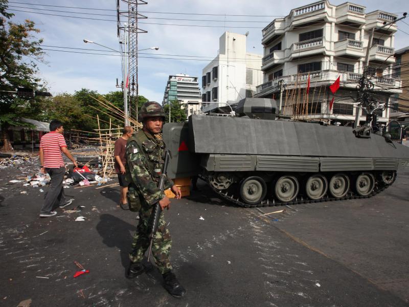 Bild zu Armee in Bangkok