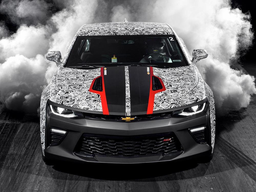 Bild zu Chevrolet Camaro SS Drag Race