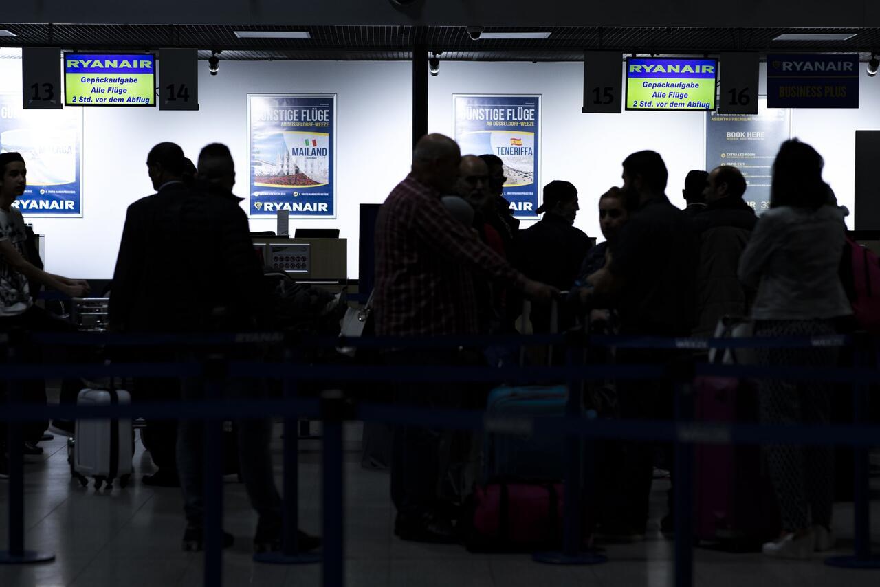 Bild zu Ryanair sagt wegen Streiks weitere Flüge für Freitag ab