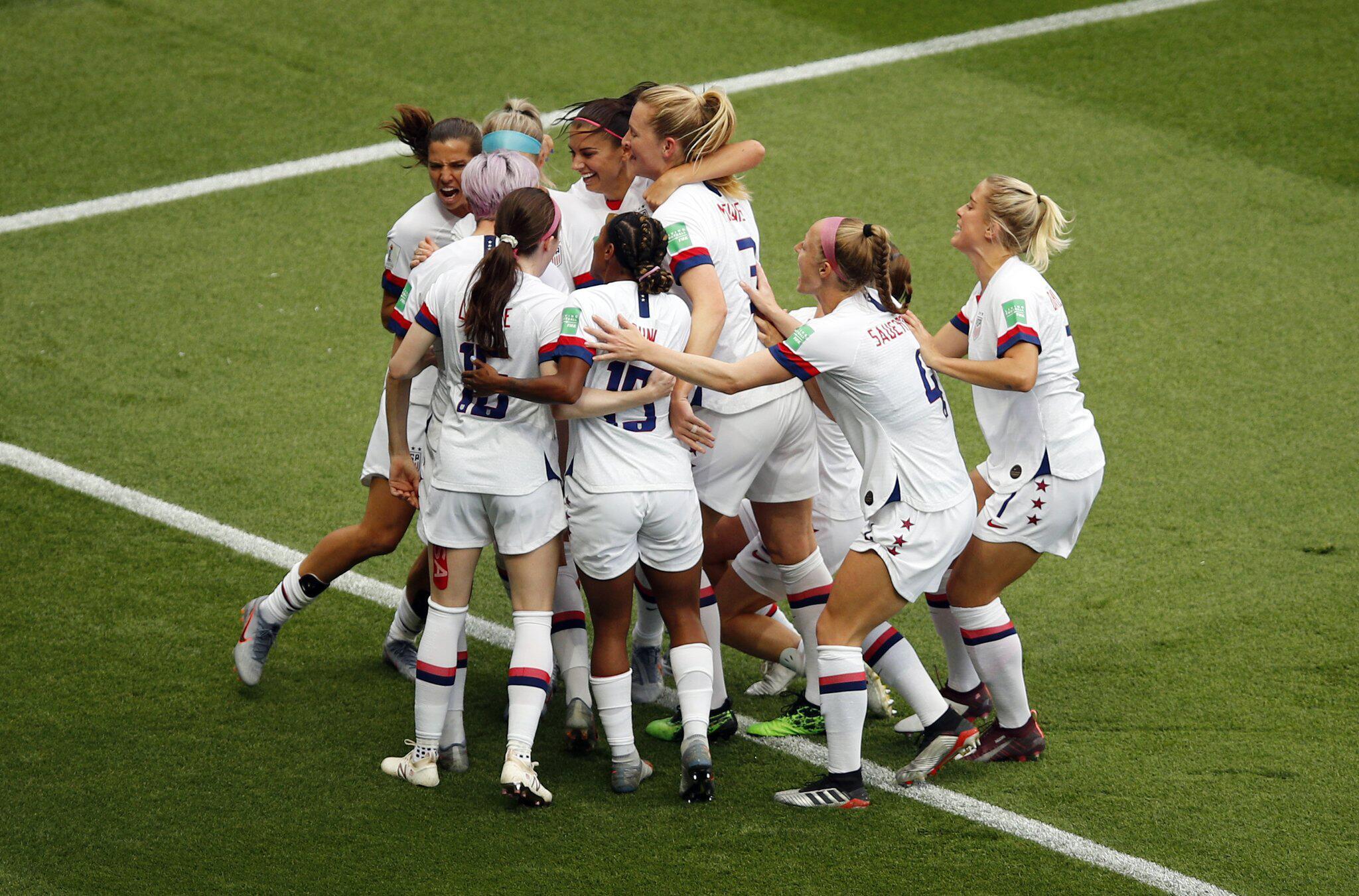Bild zu Frauenfußball-WM - Frankreich - USA