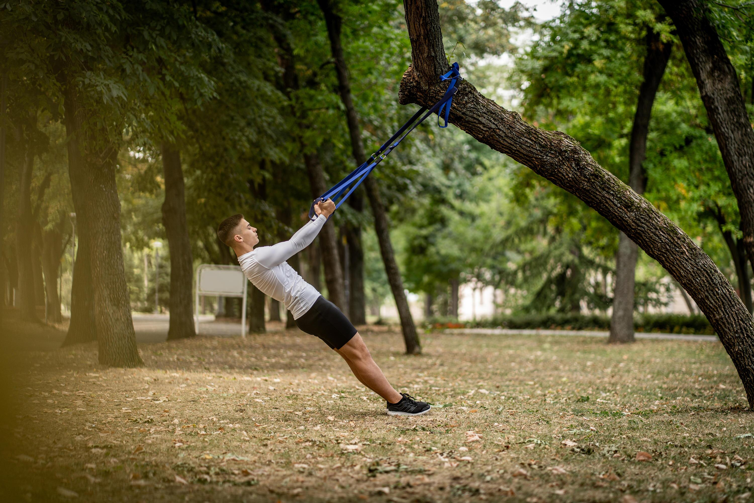 Bild zu trx-band, schlingen, suspension, trx-training, muskelaufbau, koordination, kraft, sport, fitness