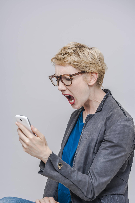Bild zu Smartphone, Frau