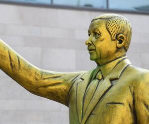 Erdogan Statue
