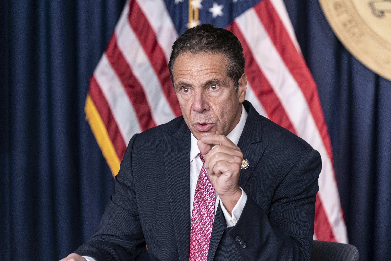 Bild zu New Yorks Gouvenor Andrew Cuomo muss sich gegen Belästigungsvorwürfe erklären.