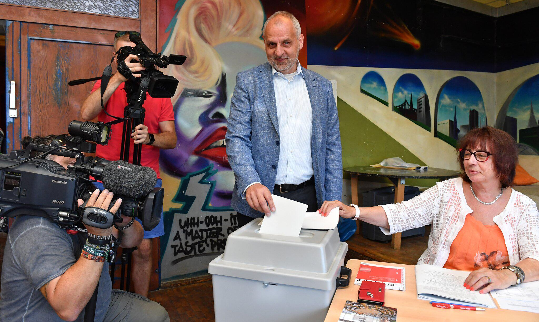 Bild zu Landtagswahl Sachsen - Stimmabgabe Die Linke
