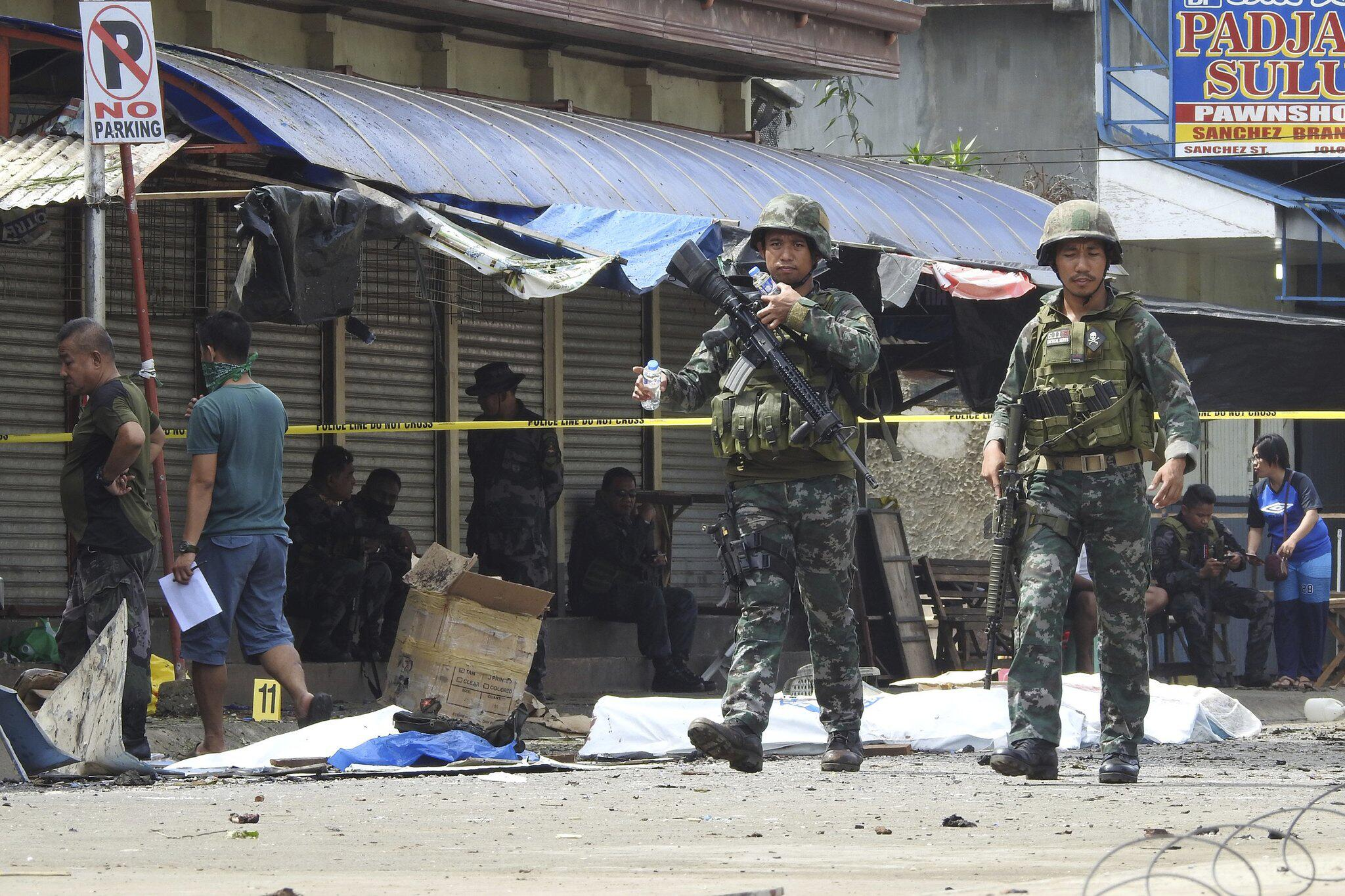 Bild zu Bombenangriff auf den Philippinen