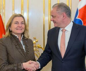 Österreichs Außenministerin Kneissl in Bratislava