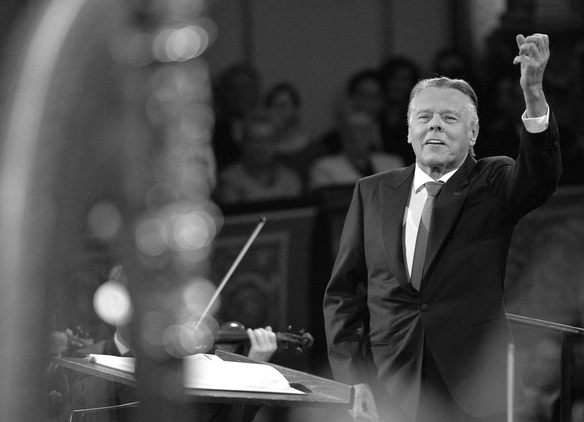 Bild zu Dirigent Jansons gestorben