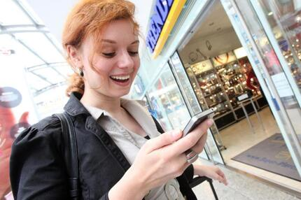 Das Smartphone zeigt den Weg