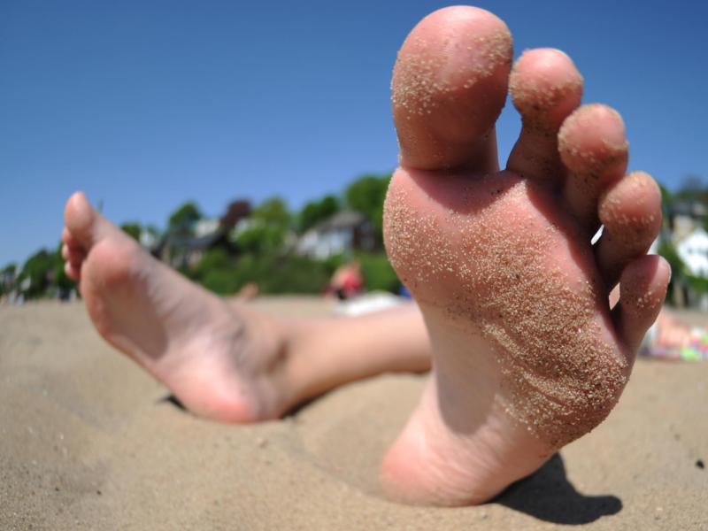 Bild zu Entspannt am Strand