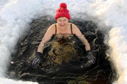 Badestelle im Eis