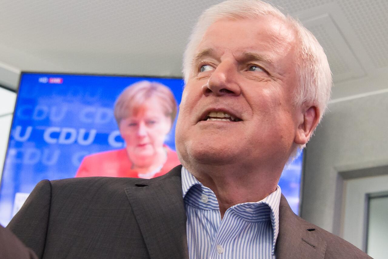 Bild zu Horst Seehofer, Angela Merkel