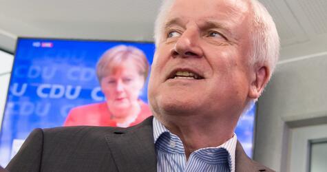 Horst Seehofer, Angela Merkel