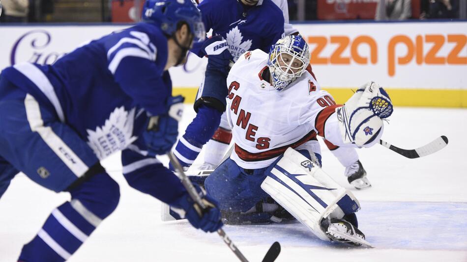 Toronto Maple Leafs - Carolina Hurricanes
