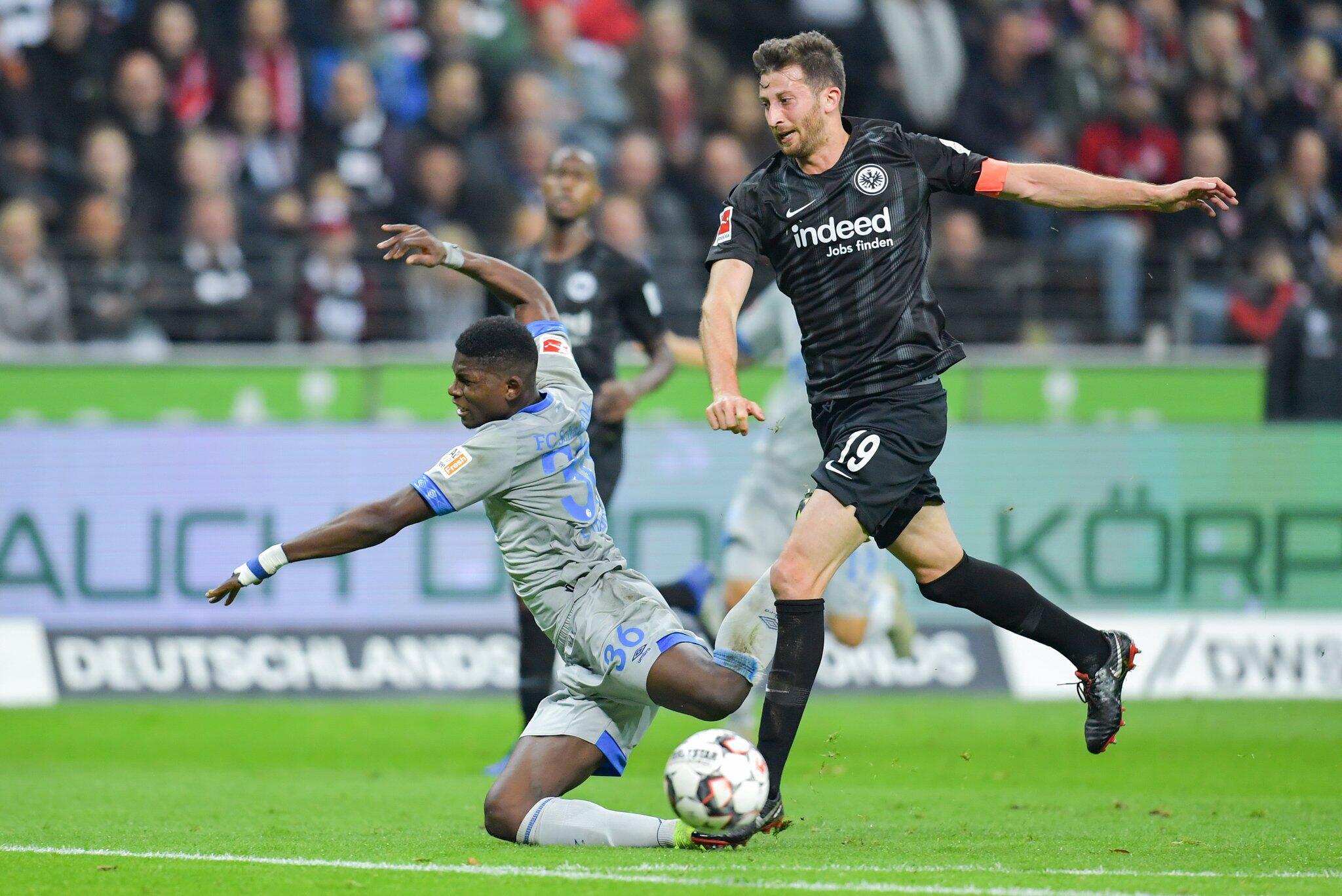 Bild zu Eintracht Frankfurt - FC Schalke 04