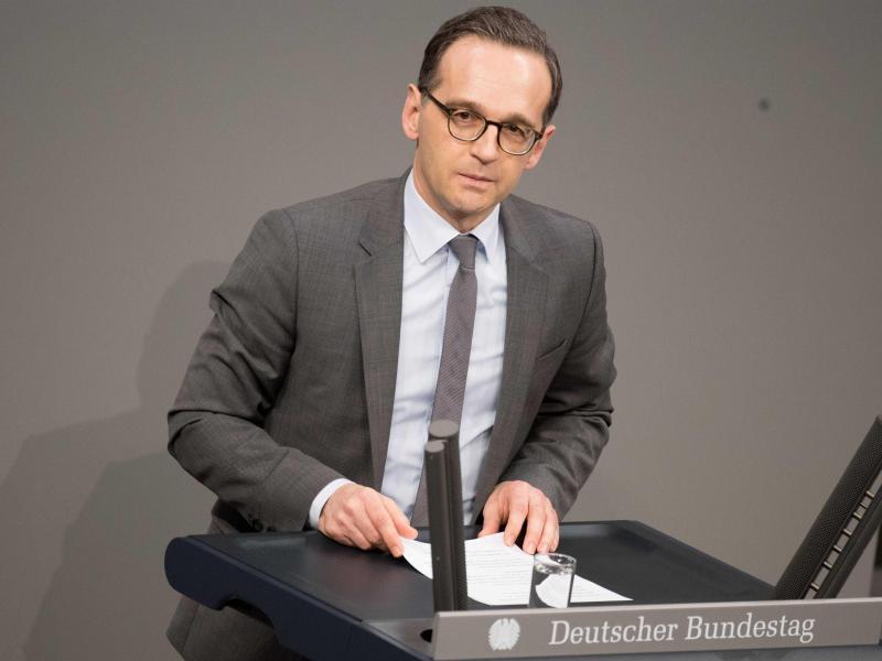 Bild zu Im Bundestag