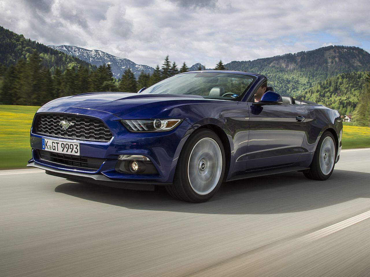 Bild zu Ford Mustang Cabriolet