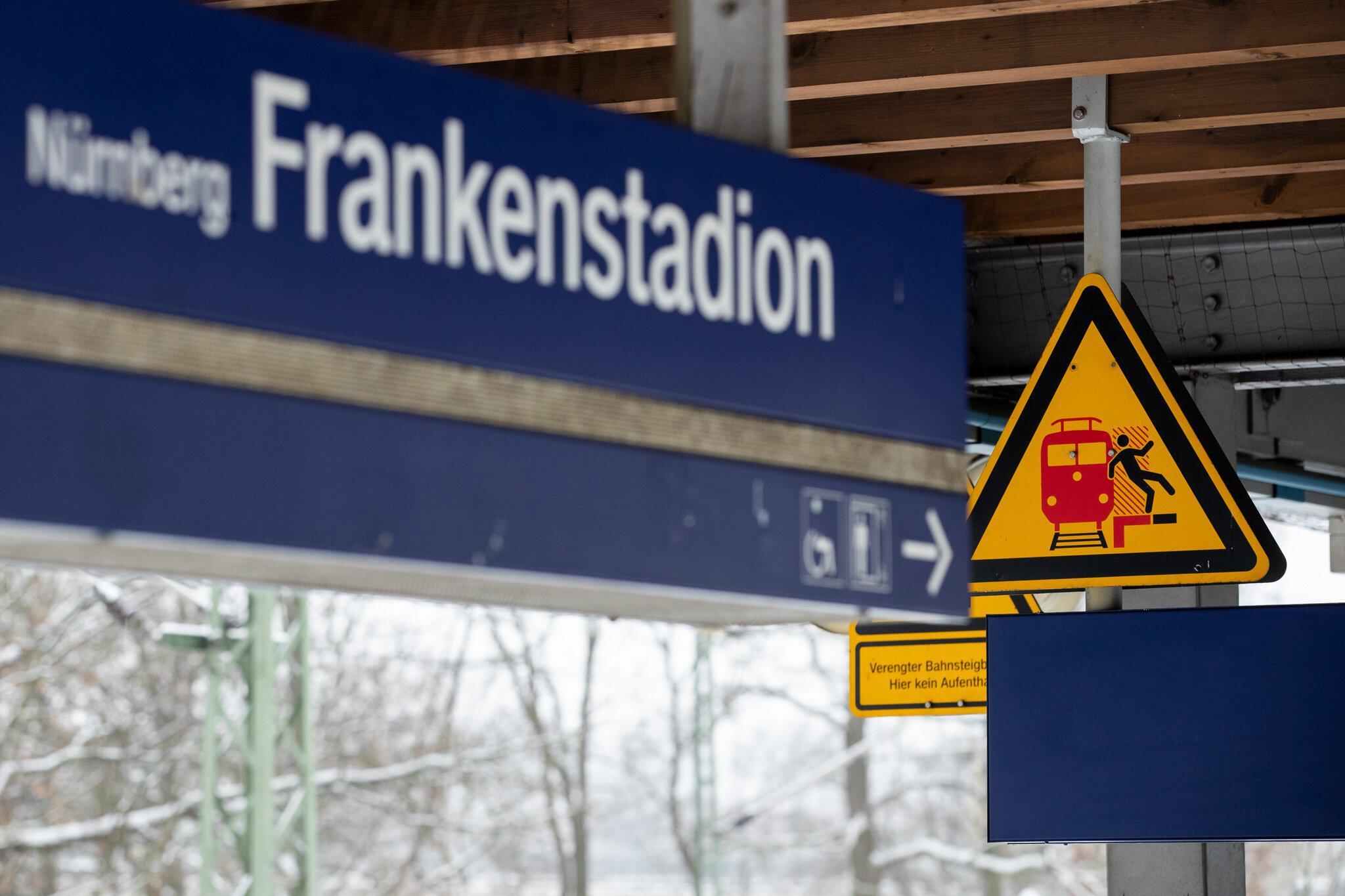 Bild zu Zwei Männer nach Streit von S-Bahn überrollt