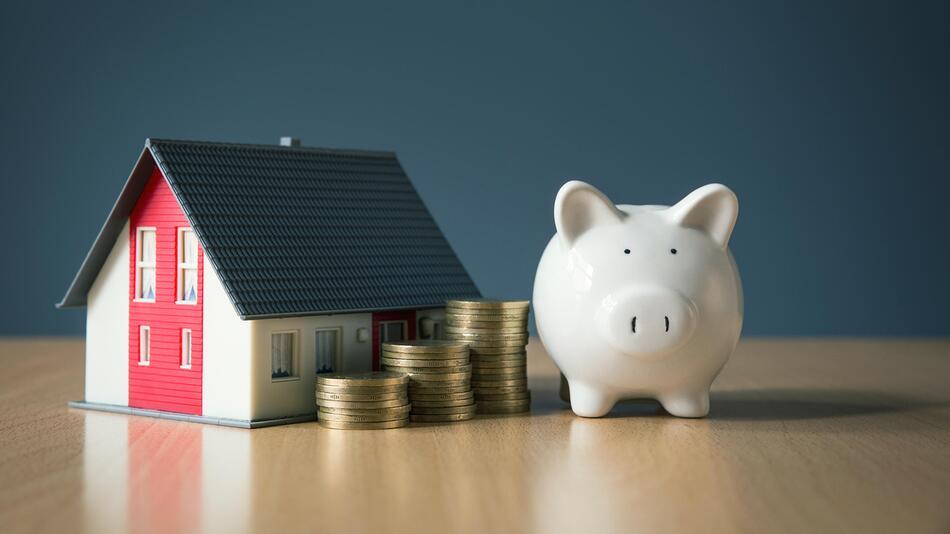 Immobilie, Eigenheim, Kredit, Finanzierung, Renovierung, Geld, Bank, Baufinanzierung
