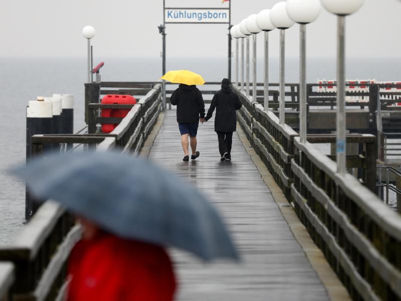 Bild zu Regenwetter an der Ostsee