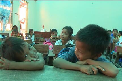 Philippinische Kinder in einer Schule