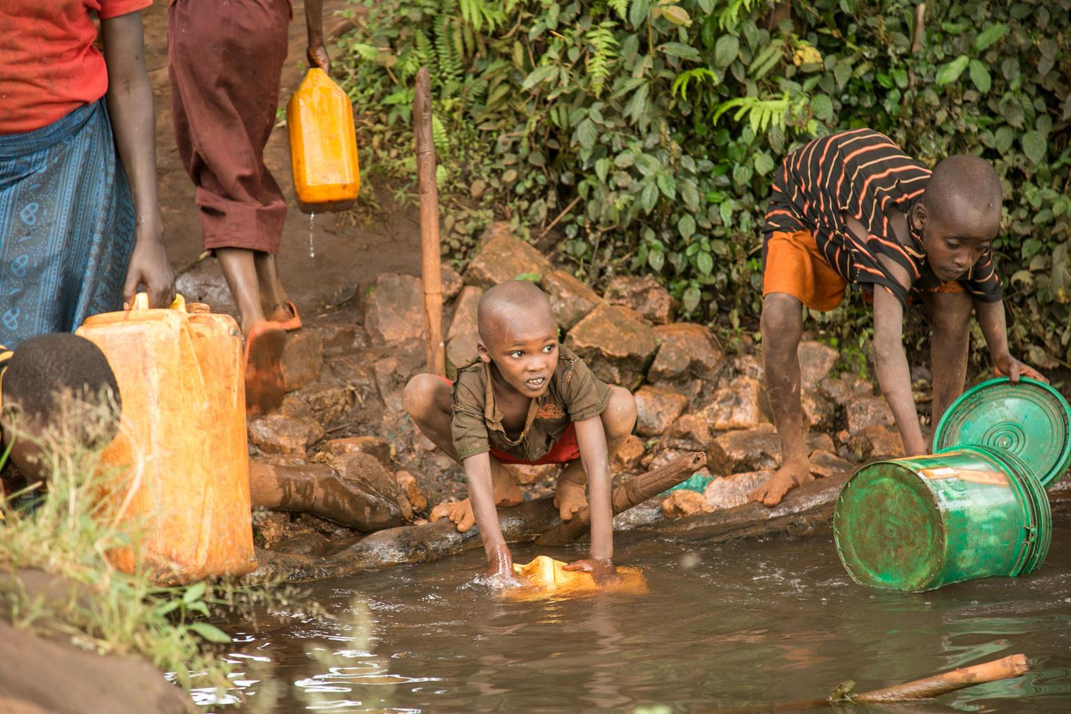 Bild zu Weltwassertag, Trinkwassser, Burundi