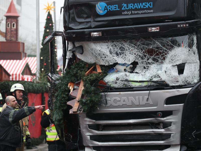 Bild zu Anschlag mit Lastwagen