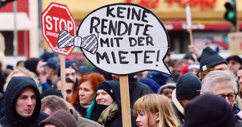Demonstration gegen steigende Mieten