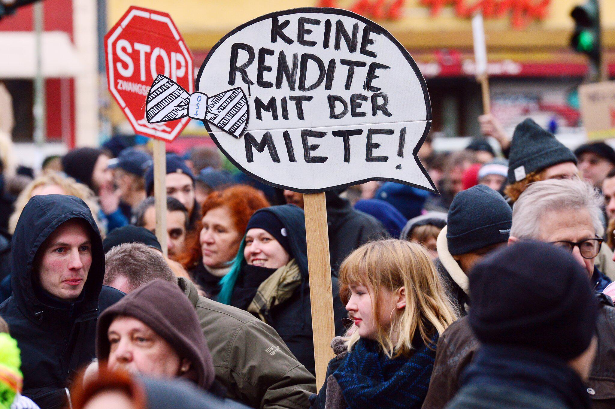 Bild zu Demonstration gegen steigende Mieten