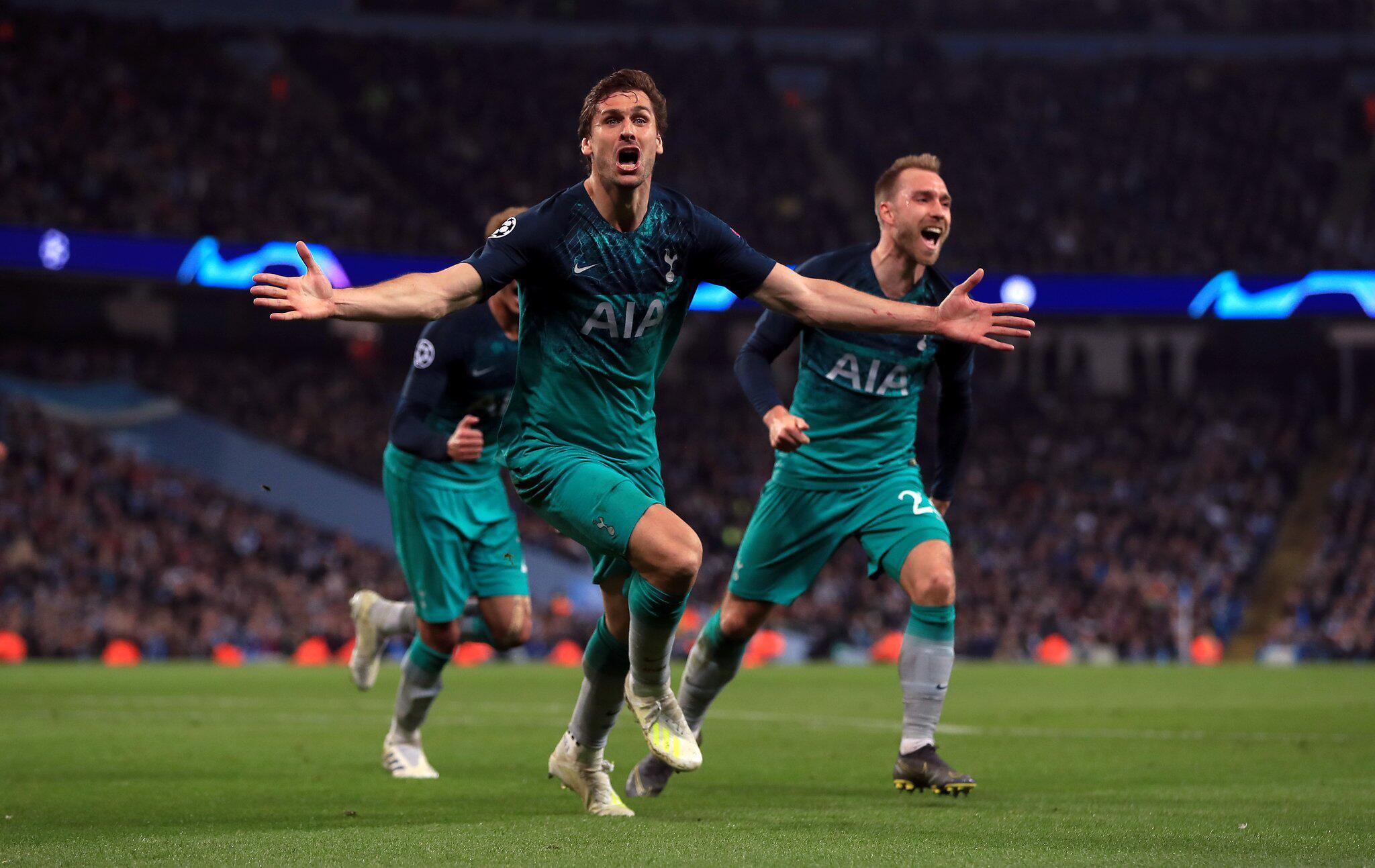 Bild zu Manchester City - Tottenham Hotspur