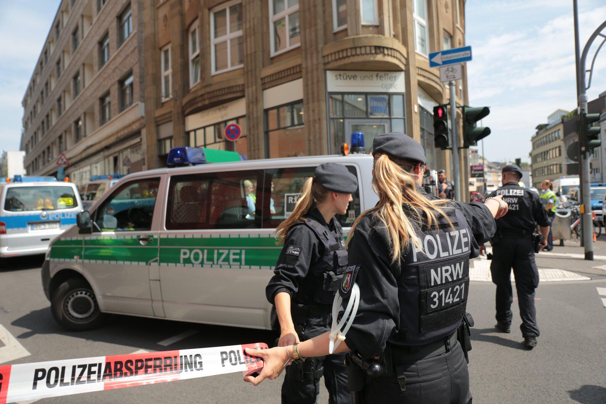 Bild zu Razzia gegen islamistische Gefährder in Köln